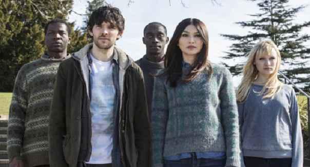 Humans 2 season (2)
