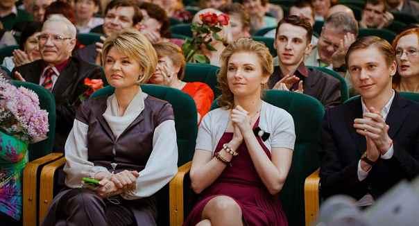 mezhdu-nami-devochkami-2-sezon (2)