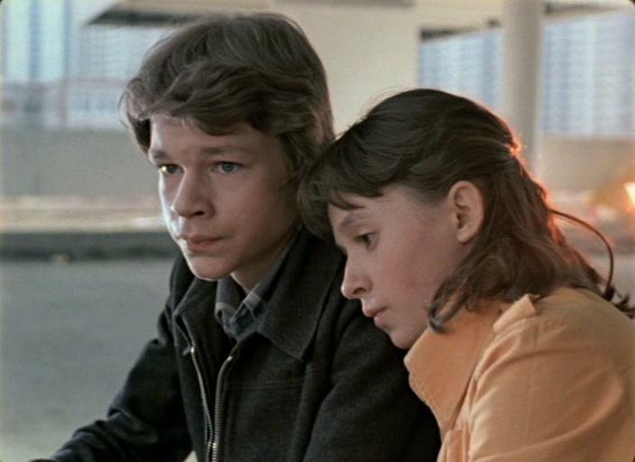 список лучших фильмов про любовь подростков