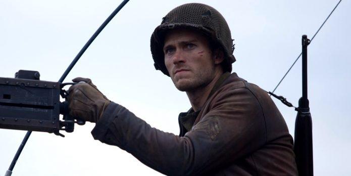 Скотт Иствуд в роли сержанта Майлса