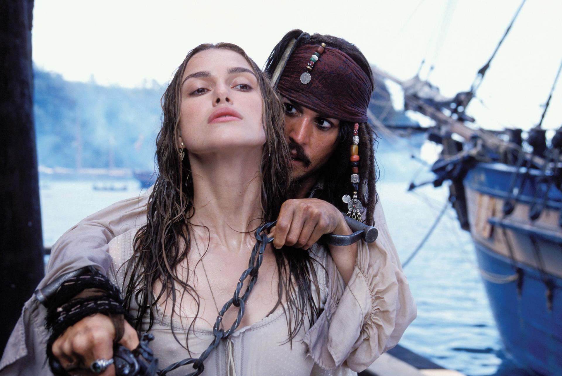 Натали Портман Пираты Карибского