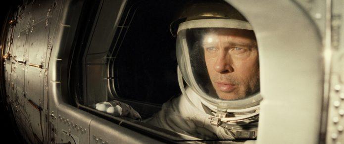 Сцена из фильма с Брэдом Питтом «К звёздам»